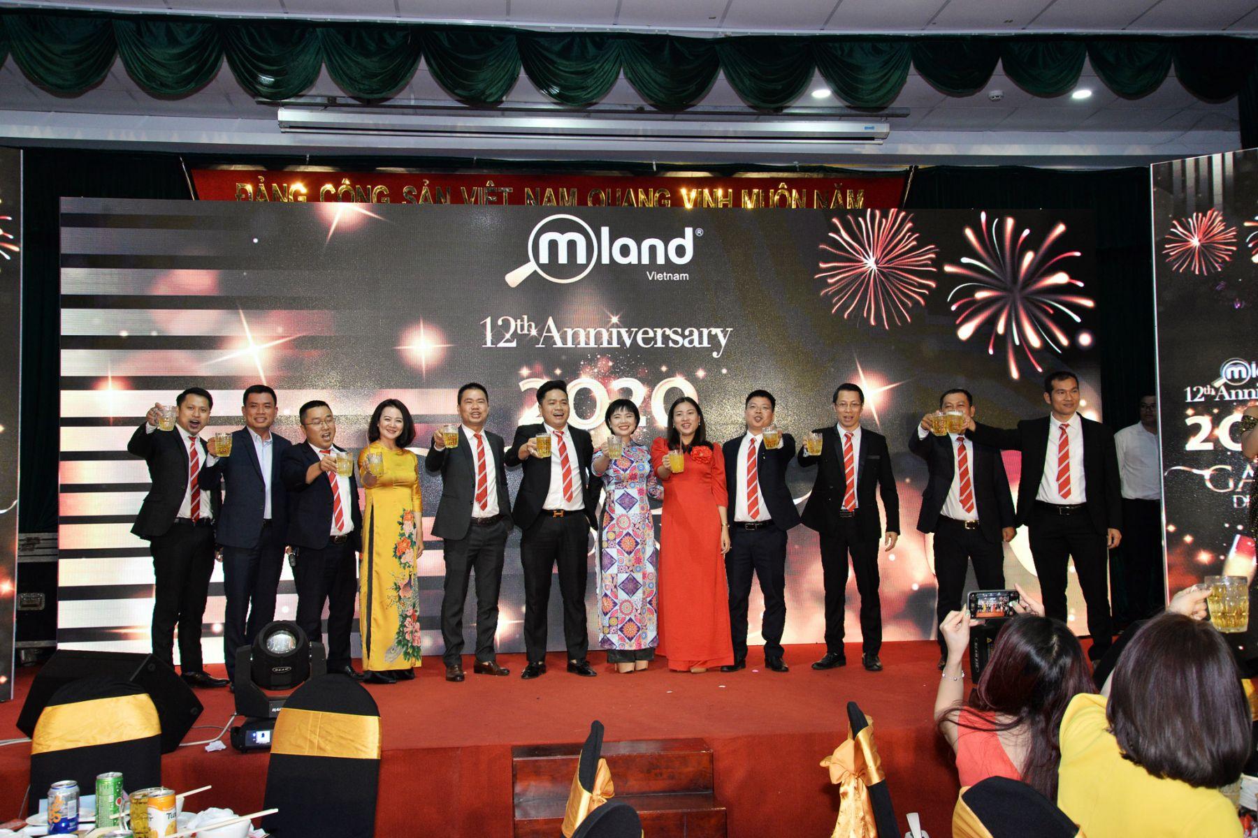Tất Niên MLAND Vietnam - SN 12 năm