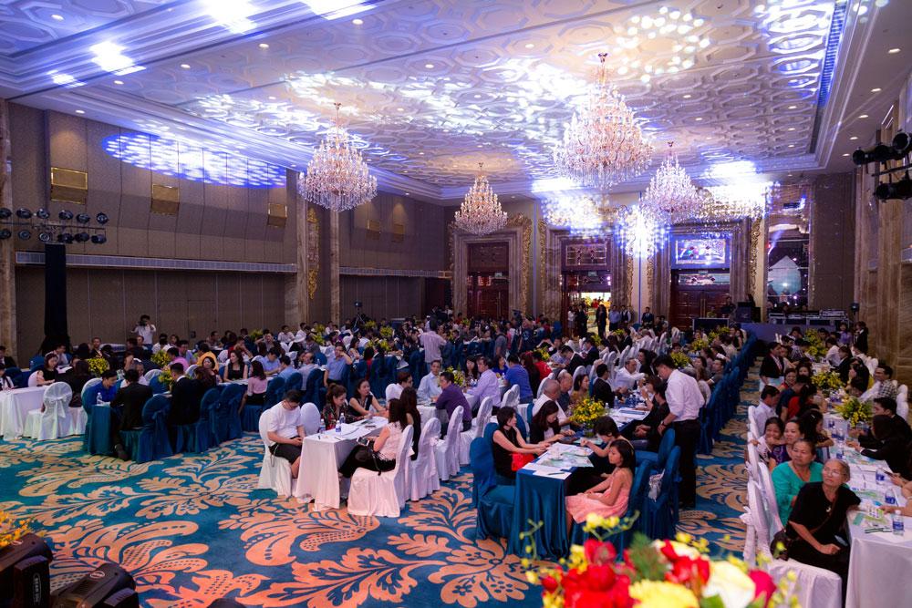 Mở bán quỹ DPV - Vinpearl Golfland & Vinpearl Nha Trang Bay ngày 26/3 tại Hà Nội