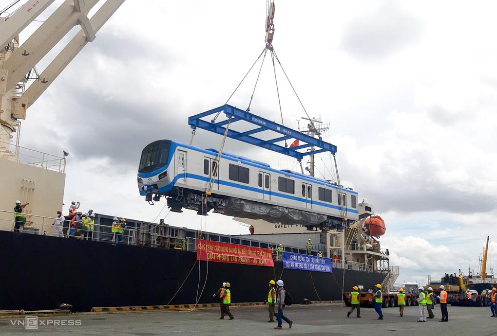 Metro Số 1 về tới Sài Gòn