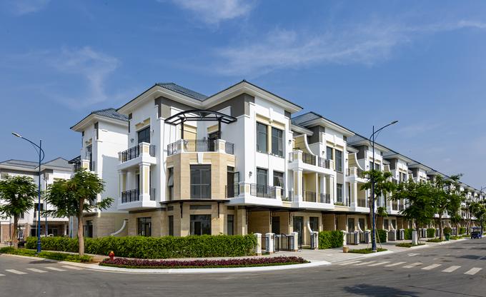 Nhà liền kế, biệt thự đang bàn giao hút khách trong quý II.2020