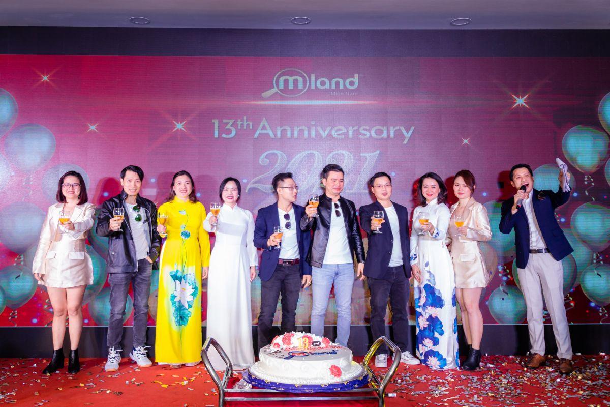 MLAND Miền Nam Year End Party 2020 - Viết tiếp hành trình khởi tạo giá trị sống
