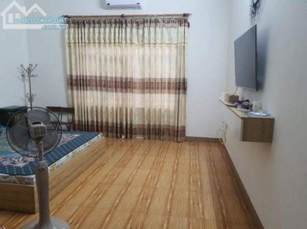 Cho Thuê Nhà 8 Phòng Ngủ Đầy Đủ Tiện Nghi, Bắc Ninh - 535099