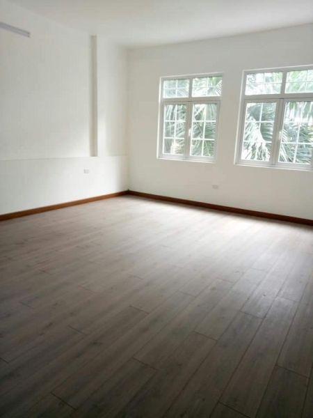 Nhà Đẹp Lung Linh, 6 Tầng, Thang Máy, Cạnh Công Viên - 546217