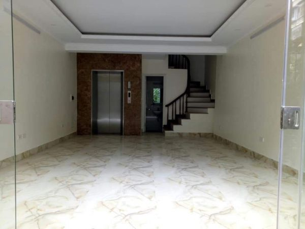 Nhà Đẹp Lung Linh, 6 Tầng, Thang Máy, Cạnh Công Viên - 546223