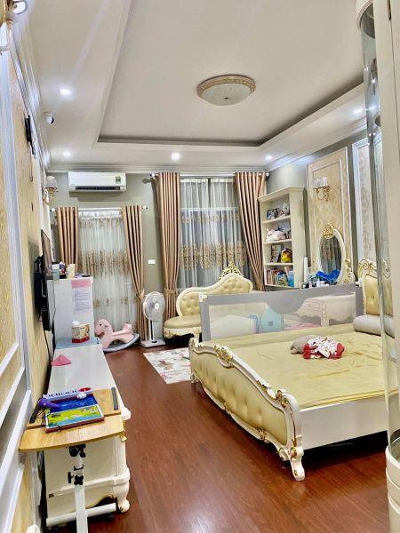 Bán Nhà Hào Nam, Tặng Nội Thất 2 Tỷ, 60Mx5 Tầng Giá Nhỉnh 12 Tỷ - 546409