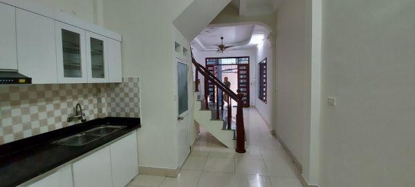 Nhà Đẹp Như Mới - Ô Tô - Mặt Ngõ Thông Kinh Doanh Văn Phòng Tốt - 548272