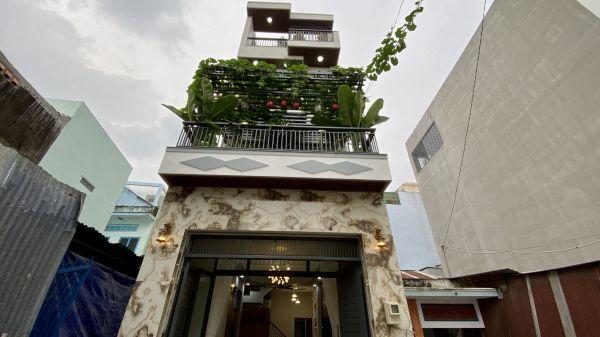 Bán Nhà Gò Vấp-Đập Hộp Căn Biệt Thự Tân Cổ Điển-Đẹp Lung Linh Tại Quận Gò Vấp - 549295