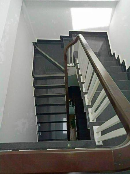 Bán Nhà 3 Tầng Bình Lộc, Tp Hải Dương, 65.8M2, Lô Góc 4 Ngủ, 2 Tỷ 950 Tr, Gara - 552619
