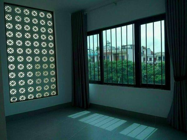 Bán Nhà 3 Tầng Bình Lộc, Tp Hải Dương, 65.8M2, Lô Góc 4 Ngủ, 2 Tỷ 950 Tr, Gara - 552622