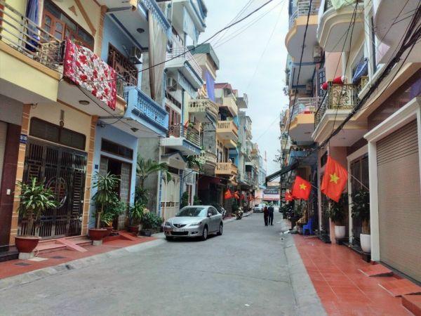 Bán Nhà 3 Tầng Đường Nguyễn Lương Bằng, Tp Hải Dương, 4 Ngủ, Mt 4M, 2.85 Tỷ - 552895
