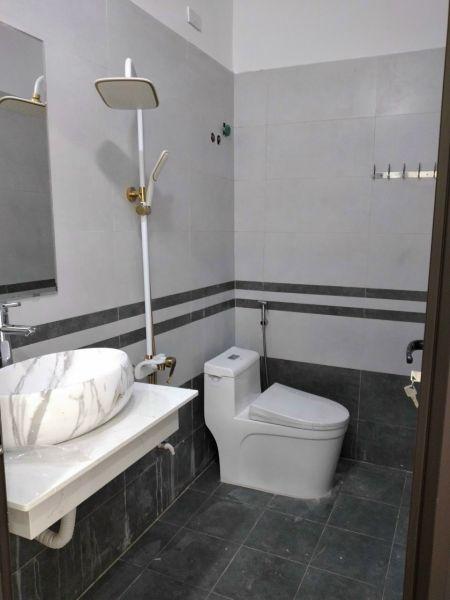 Bán Nhà 3 Tầng Đường Nguyễn Lương Bằng, Tp Hải Dương, 4 Ngủ, Mt 4M, 2.85 Tỷ - 552898