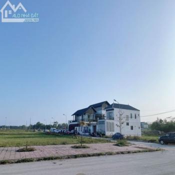 Bán Đất Đẹp Khu C Bìa Cá Nhân Khu Đô Thị Nguyễn Sinh Cung- Cửa Lò. - 555541
