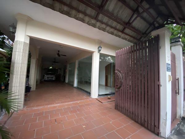 Bán Tòa Nhà Căn Hộ Dịch Vụ Khu Compound Thảo Điền, 10X20.3M, 5 Tầng - 557206