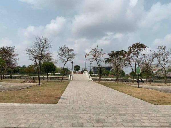 Bán Nhà Mặt Phố Phạm Xuân Huân, Tp Hd, 4 Tầng, 54M2, Mt 9M, Gara, Giá Cực Tốt - 558361
