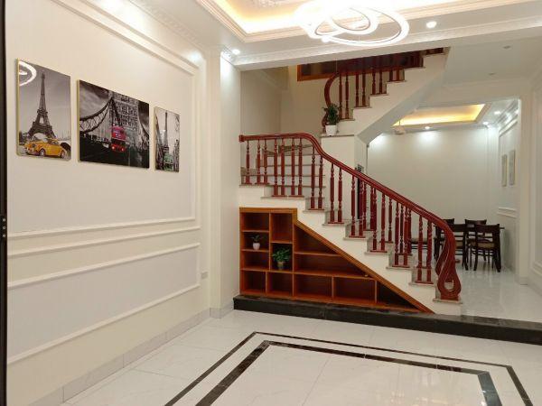 Bán Nhà Ngõ Đường Nguyễn Lương Bằng, Tp Hd, 41.5M2, Mt 4.3M, 3 Tầng, Nhà Đẹp, Giá Tốt - 562387