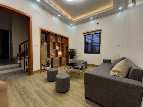 Bán Nhà Ngõ Đường Nguyễn Lương Bằng, Tp Hd, 41.5M2, Mt 4.3M, 3 Tầng, Nhà Đẹp, Giá Tốt - 562390