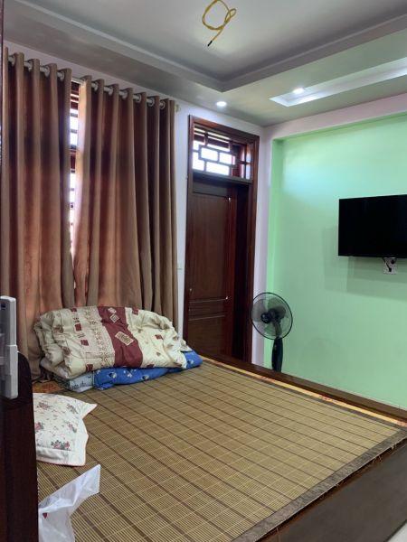 Bán Nhà Khu Trung Tâm Hải Tân, Tp Hd, 183.4M2, 4 Tầng, Mt 7M, Tầng Hầm, Kd Sầm Uất - 563773