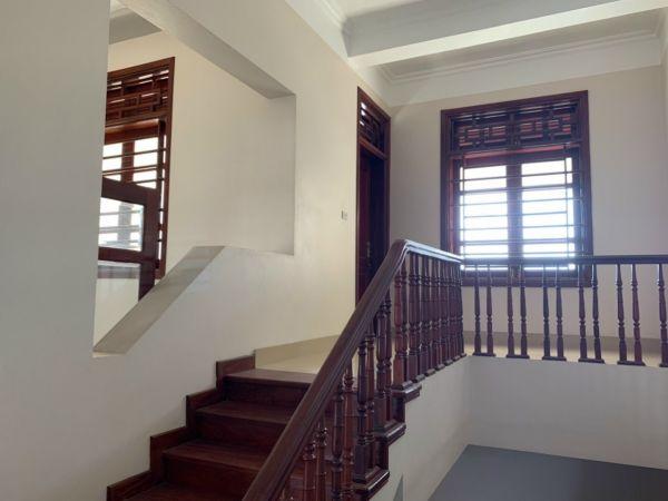 Bán Nhà Khu Trung Tâm Hải Tân, Tp Hd, 183.4M2, 4 Tầng, Mt 7M, Tầng Hầm, Kd Sầm Uất - 563779