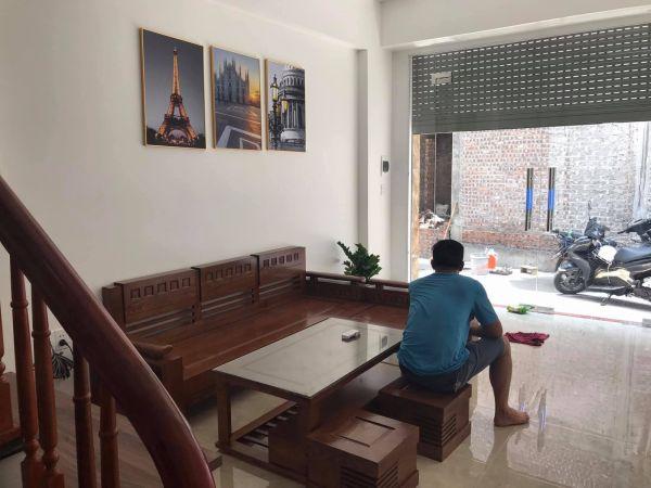 Bán Nhà 3 Tầng, 3 Ngủ Phố Quang Trung, Tp Hd, 44.7M2, Nhà Cực Đẹp, Giá Chỉ 1 Tỷ 880 Triệu - 567595