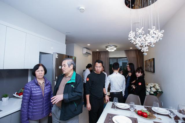Những hình ảnh đẹp trong lễ Khai trương căn hộ mẫu của dự án Vinhomes Smart City - Ảnh 9.